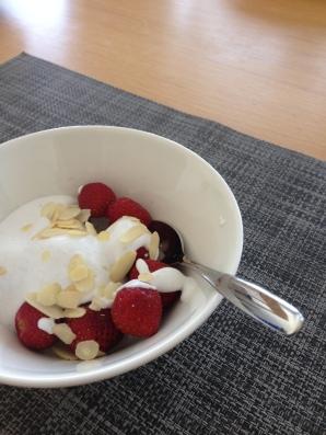 strawb_coconut_cream_dessert