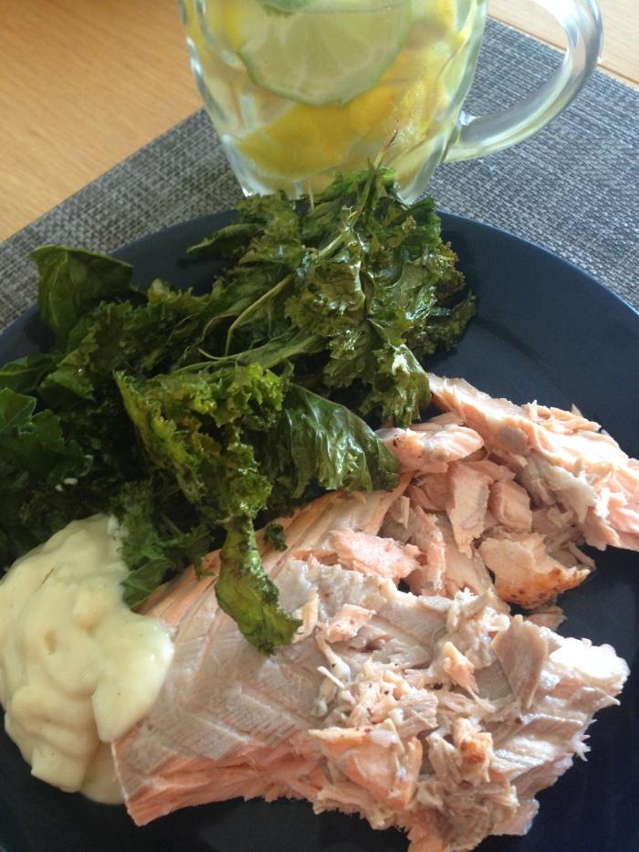 Salmon, Kale Chips & Mayo